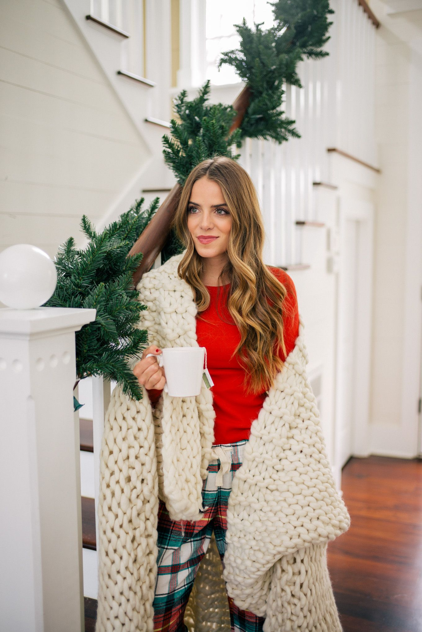 Holiday Red   Pinterest   Gal meets glam, Met and Navy