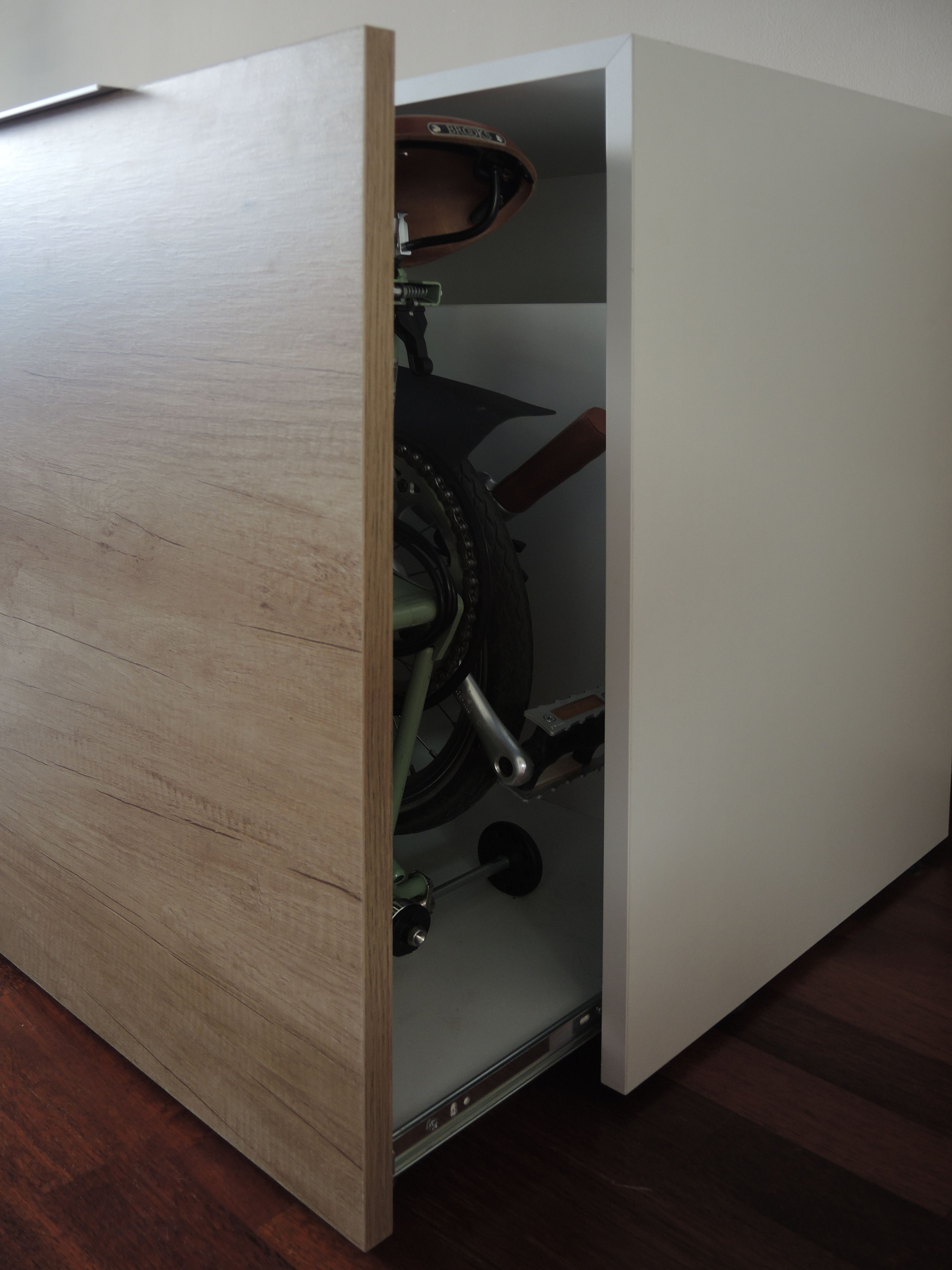 Mueble Para Brompton Detalle B70 02 Organization Home Ideas  # Muebles Bicicleta
