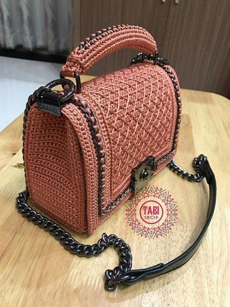 Best 9 Bobble Stitch Handbag Crochet Pattern with Video Tutorial