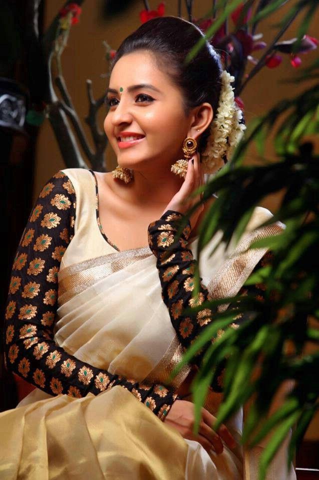 Bhama Malayalam Cute Actress Latest