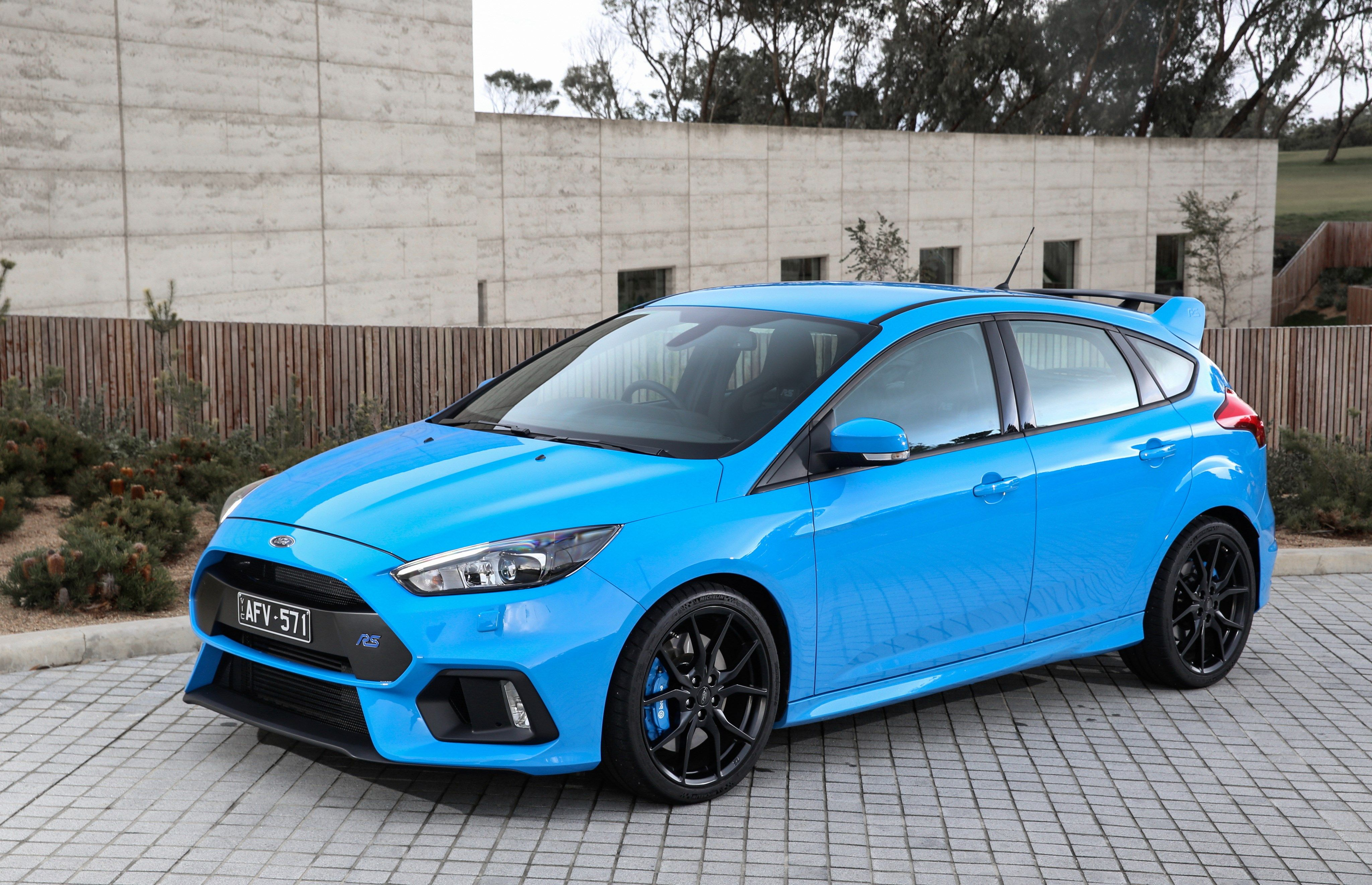 Free High Resolution Wallpaper Ford Focus Rs 4096x2641 1747 Kb