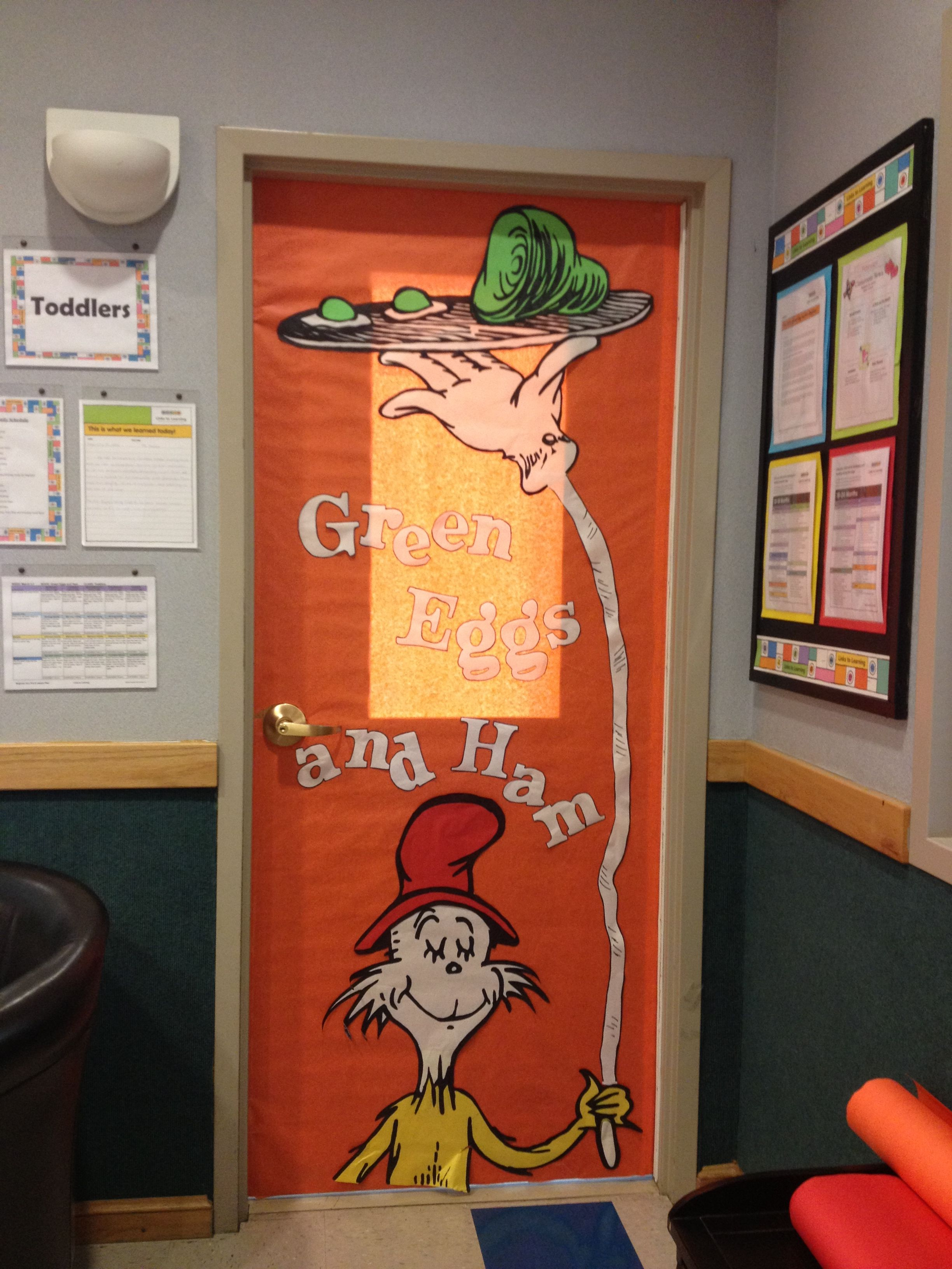 Dr seuss, Green Eggs and Ham Door decoration | Teachers stuff ...