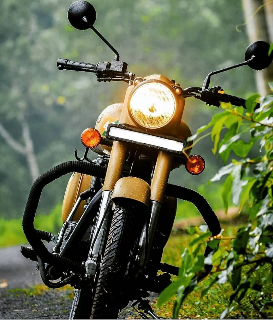 Image may contain motorcycle and outdoor Royal enfield