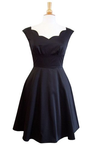 Roman Holiday scalloped dress- black | Swonderful Boutique
