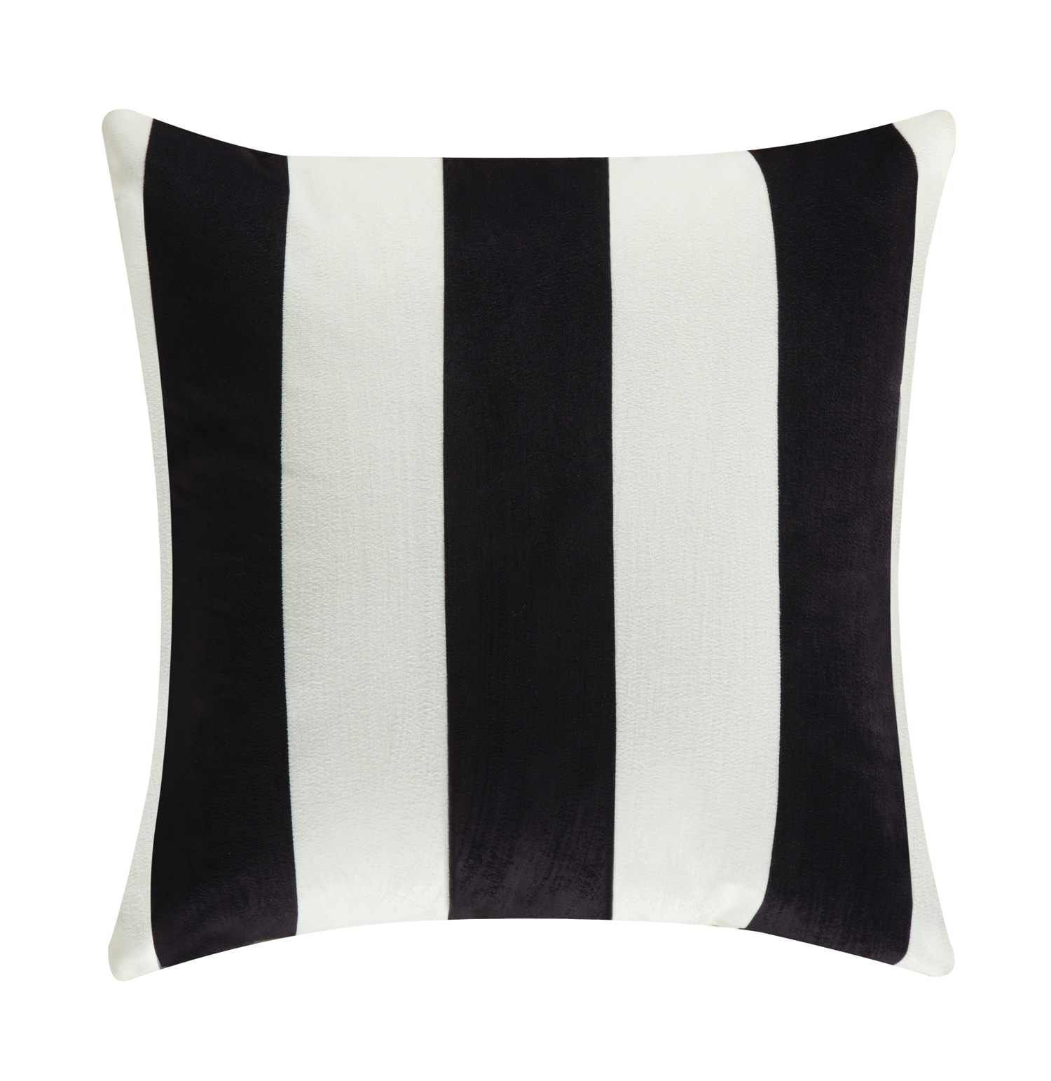 Black And White Modern Pillow Httpwwwagmfurniturecomaccessories 140 Pillowsaccent Pillow Set Of 2 905333Html