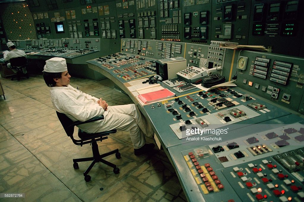 Technician At The Chernobyl Nuclear Power Plant Control Room Of Reactor N 3 In 2020 Nuclear Power Plant Chernobyl Nuclear Power Plant Nuclear Power