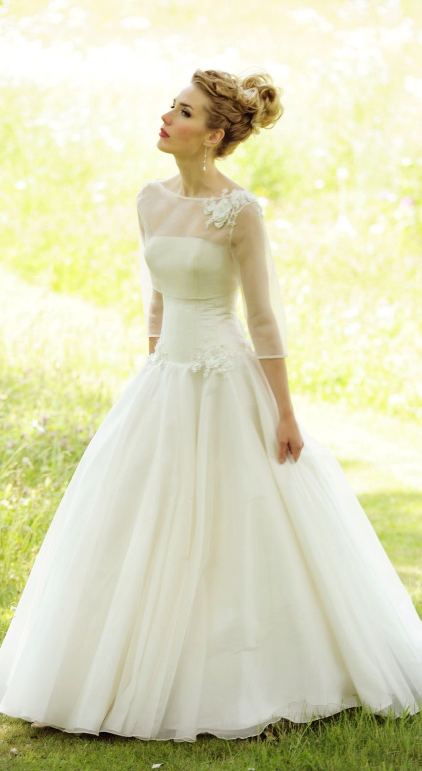 wedding dress by Lyn Ashworth