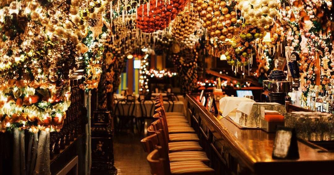Christmas Restaurant Nyc.The Most Festive Holiday Dining In New York Travel Nyc
