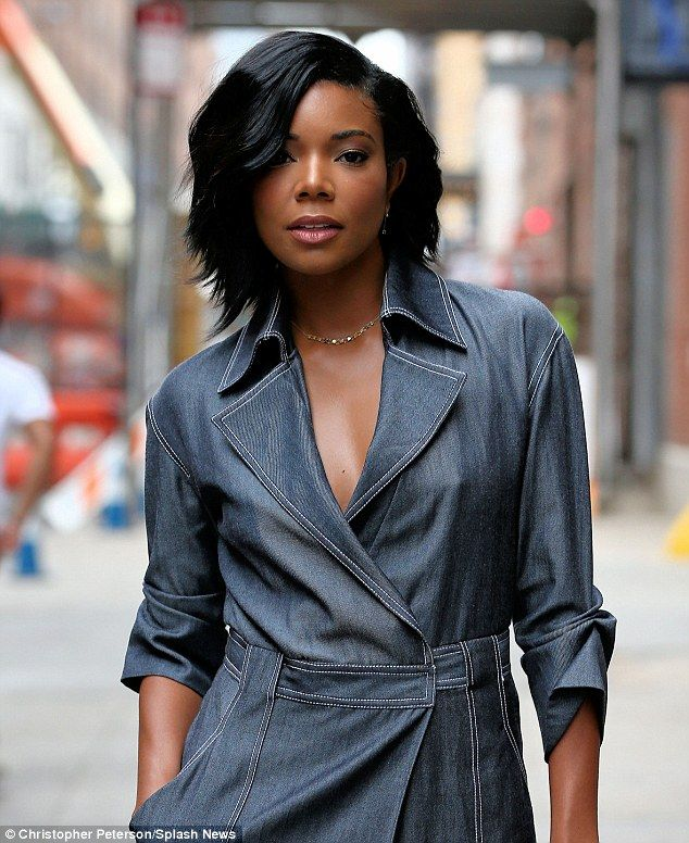 Gabrielle union goes braless in denim dress at wes gordon fashion gabrielle union goes braless in denim dress at wes gordon fashion show pmusecretfo Images