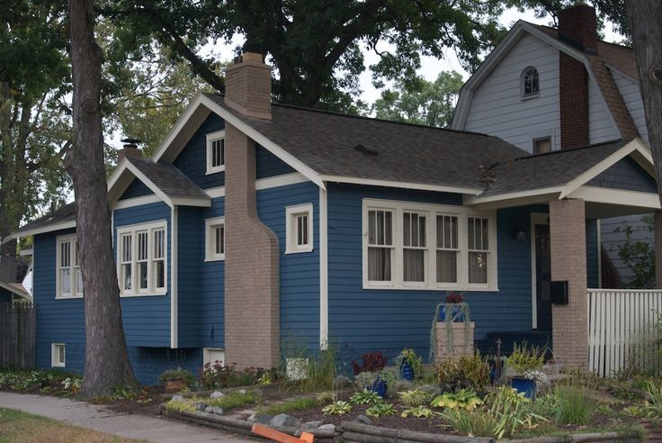 Craftsman house colors exterior blue sherwin williams for What color roof should i get for my house