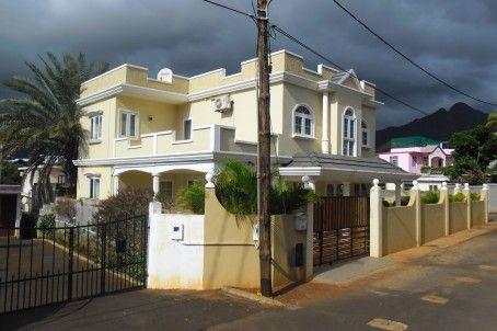 Maison A Vendre A Coromandel Maison Moderne Neuve 2012 De 3175p