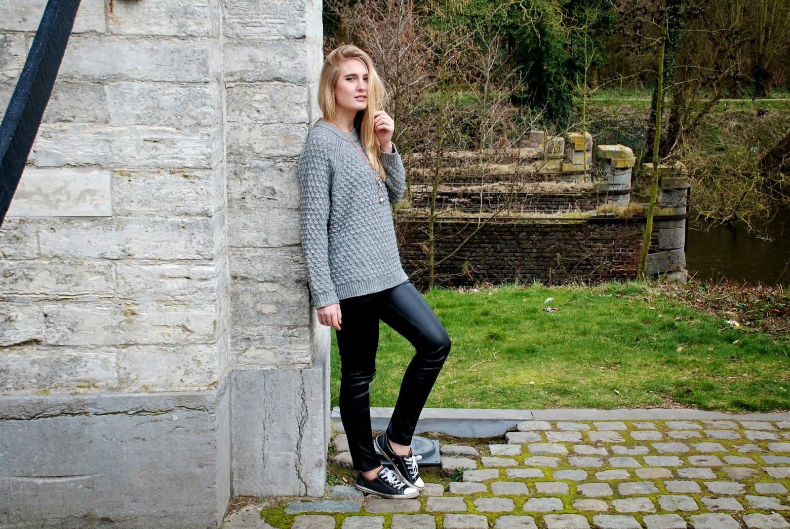 Polished Cats: Outfit - Grey Day