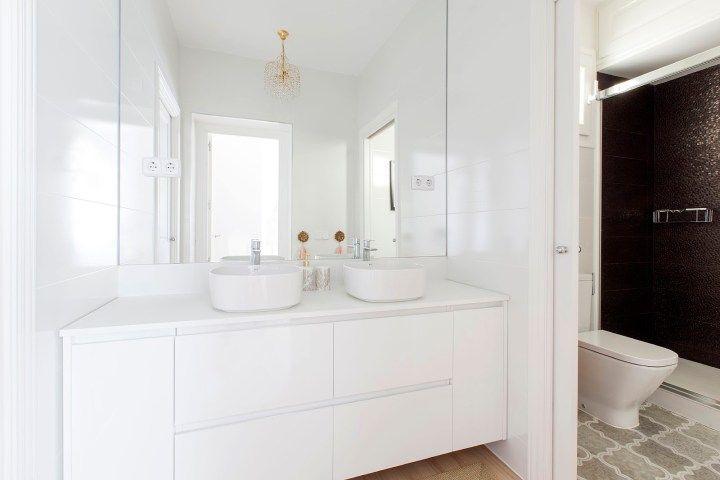 Una reforma muy luminosa (con imágenes) | Muebles de baño ...