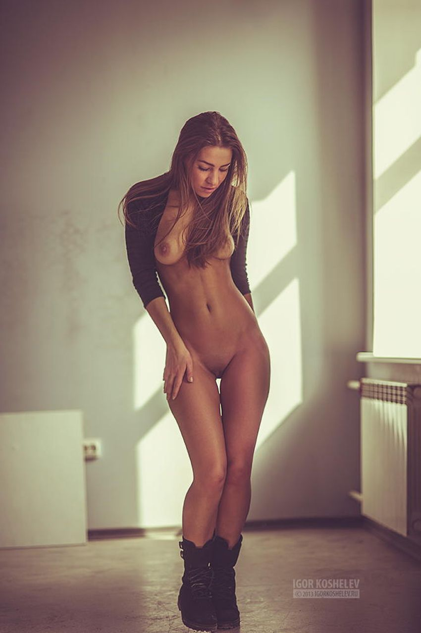 Naked female athletes pictures