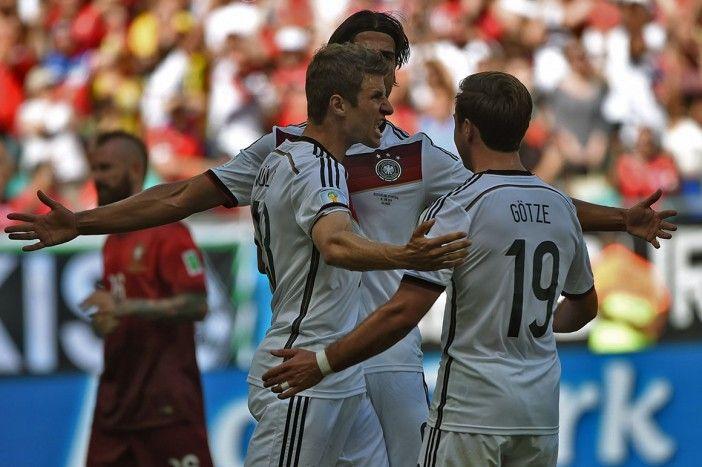 Portugal entra no Mundial com derrota pesada, expulsão e lesões http://angorussia.com/?p=20314