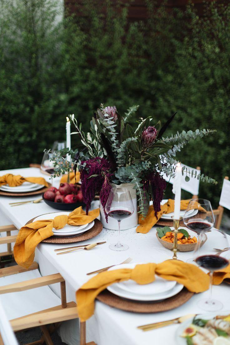 A Fall Tablescape von Kat Tanita – Mit Liebe von Kat   – Party Inspiration + Ide…