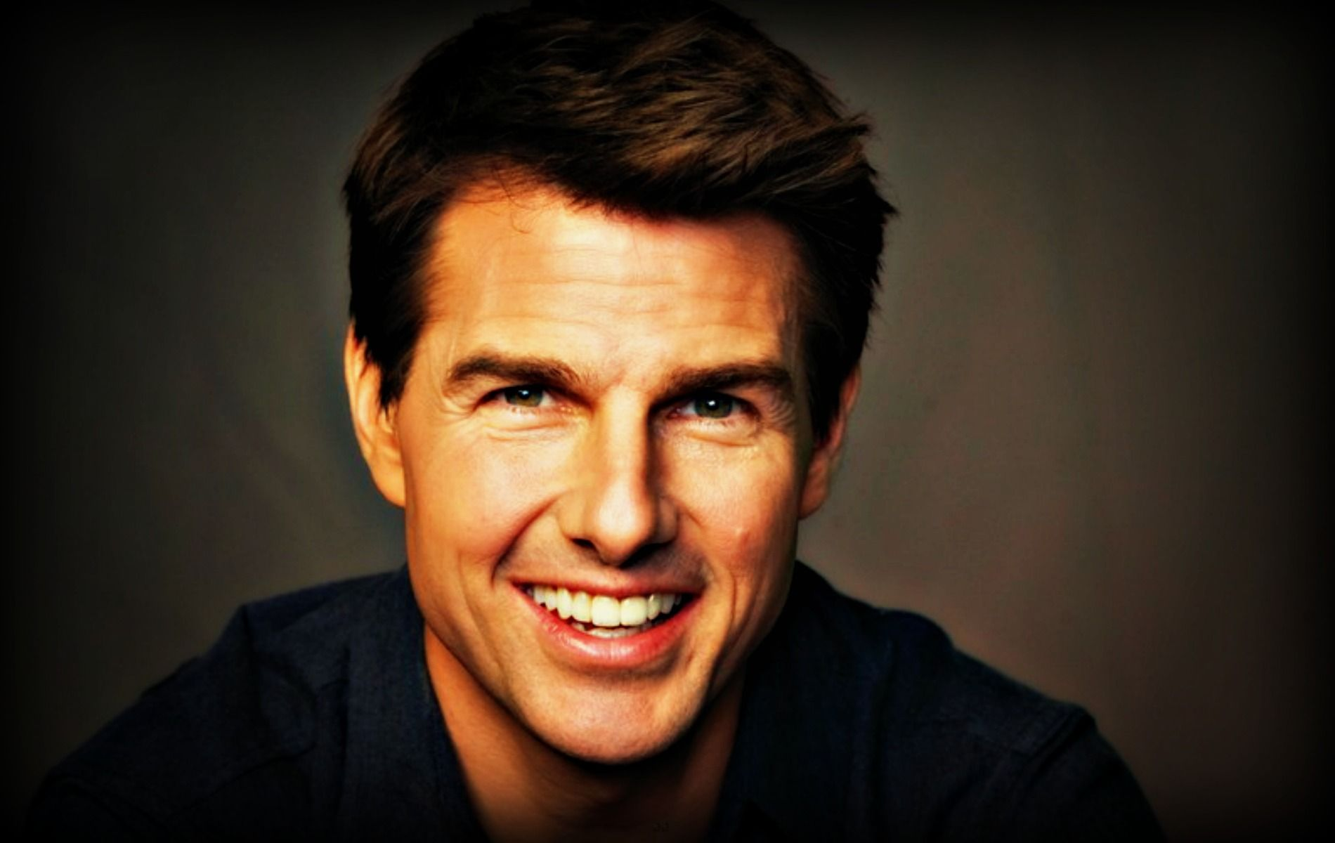 Tom Cruise Desktop Background #TomCruiseHDWallpapers