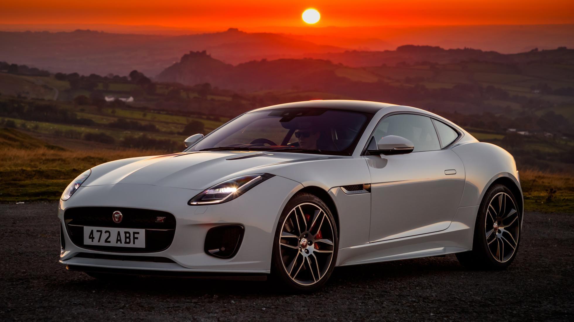This Is The 2020 Jaguar F Type Jaguar F Type Carros Jaguar Jaguar Sport