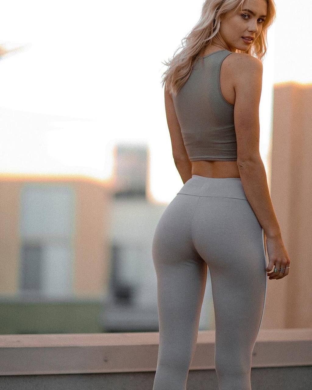 This phrase yoga pants girls interracial