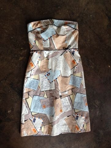 This is a gently worn J Crew Postcard Image Dress and it's in excellent condition and ready to rock!