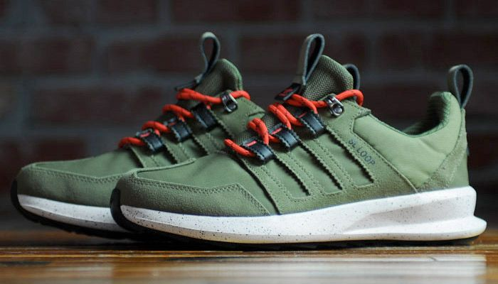 the latest abff9 725f2 adidas SL Loop Runner TR Olive CargoPoppy Red