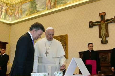 Papa Francisco y presidente de Colombia Juan Manuel Santos 15 de junio de 2015