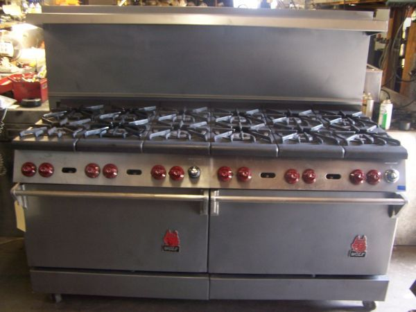 Wolf Stove 12 Burner W Two 29 Oven Luxury Kitchen Design Wolf Stove Restaurant Equipment
