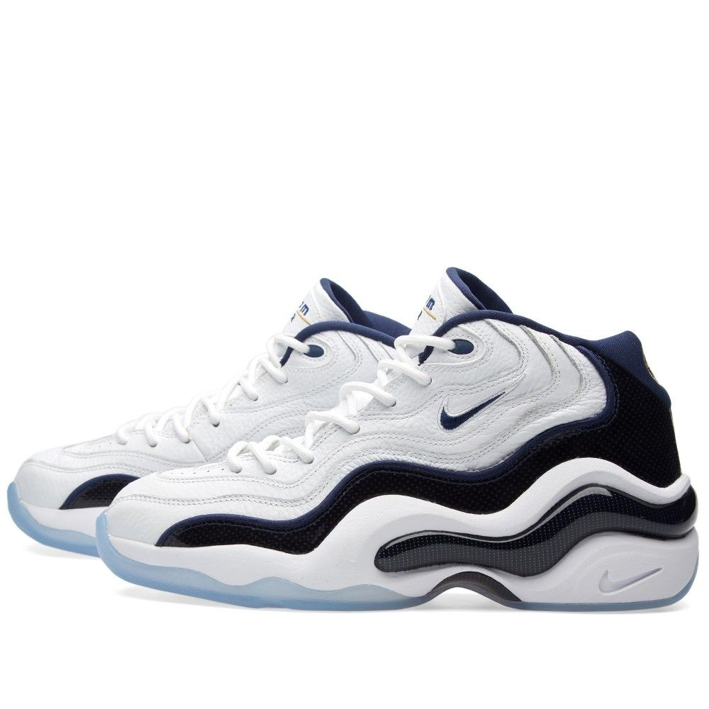 Forever a part of Penny Hardaway's footwear history, Nike's Air Zoom Flight  96 was originally worn by the legend in the summer of '96s global battle.