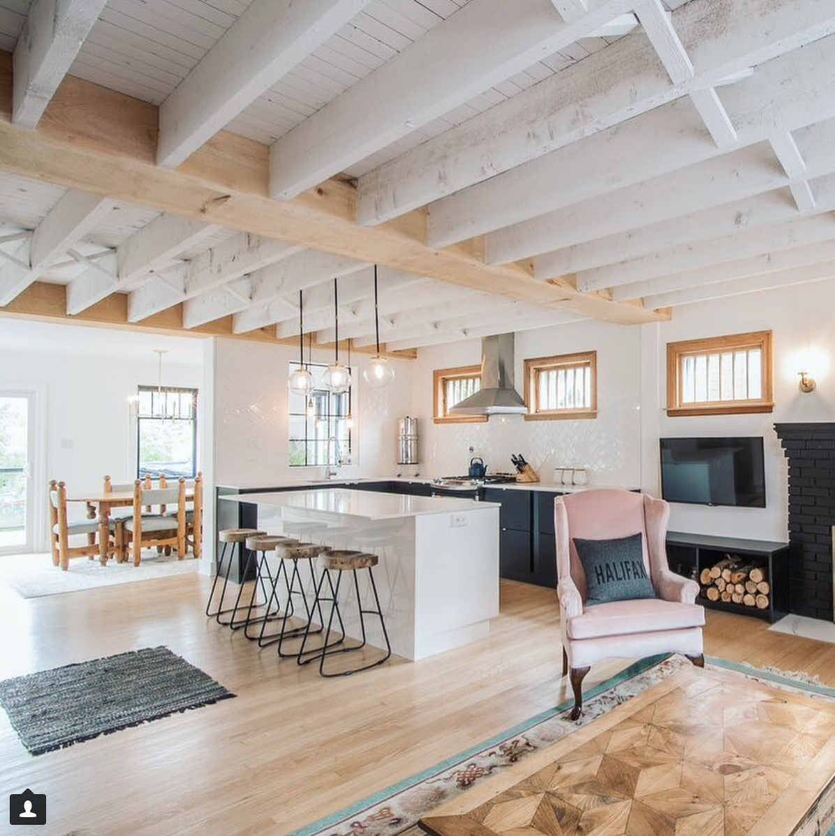 Boho Minimalist Open Concept Kitchen Rustic Glam And Design By Diy Mom Rustic Ceiling Painted Beams Vintage Interior Design