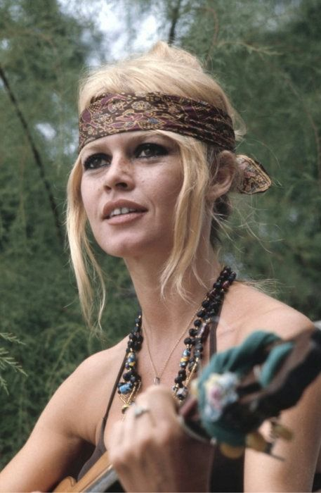 Bridgett Bardot has done so much for animal rights and treatment. Now that always makes ya pretty.