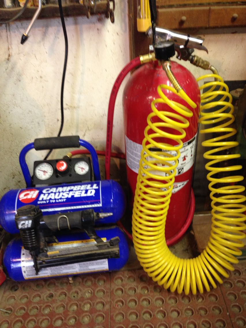 Air Compressor extra tank from an old fire extinguisher