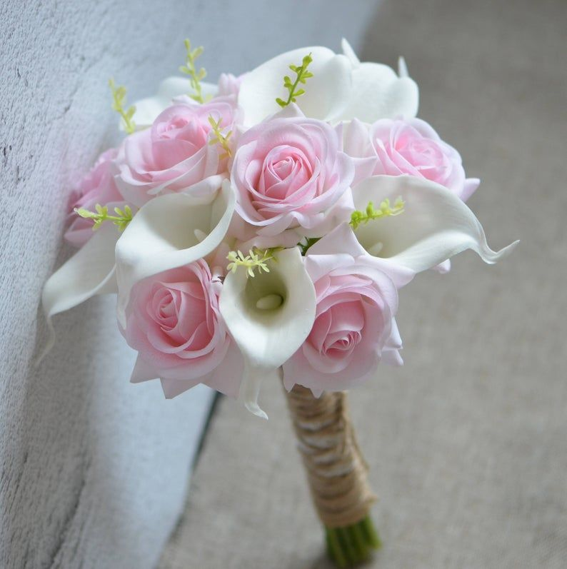 Rustic Bridesmaids Bouquet Baby Pink Roses Bouquet Ivory Calla Lilies Real Touch Flowers Silk Flower Wedding Bouquets Calla Lily Bouquet Pink Rose Bouquet Calla Lily Bouquet Wedding Flower Bouquet Wedding