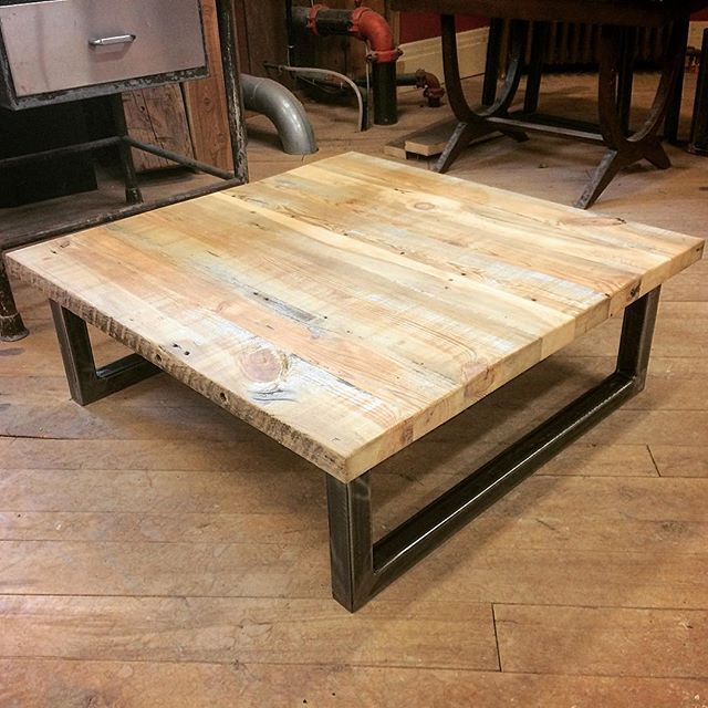 We Recently Finished This Custom Coffee Table From Reclaimed Yellow Pine Boardstock On Metal Legs It Turned Out Great Woodworking Rusticdecor Interio Design