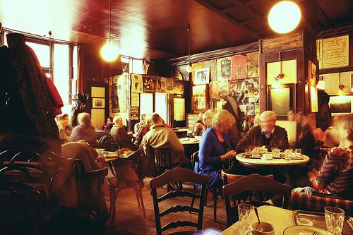 Take A Coffee And Strudel Break At Cafe Hawelka A Traditional Viennese Cafe Vienna Coffee House Cool Cafe Fine Coffee