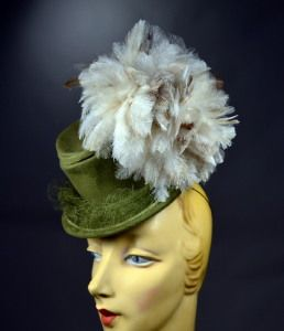 JAUNTY TOY TOP HAT - 1940's VINTAGE MINIATURE TILT HAT WITH LARGE & LAVISH FLUFFY PLUME! - AVAILABLE FOR SALE AT RPVINTAGE.COM