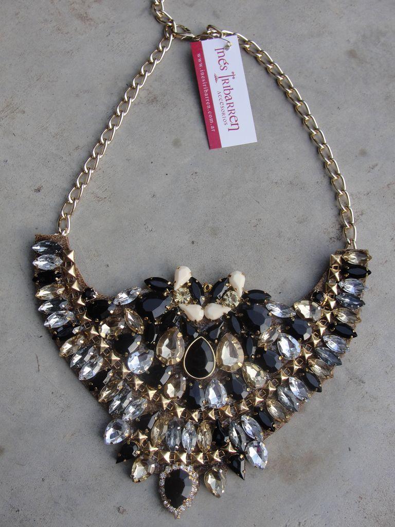 4388cdd02e43 Collar Cleopatra Negro - Inés Iribarren Accesorios