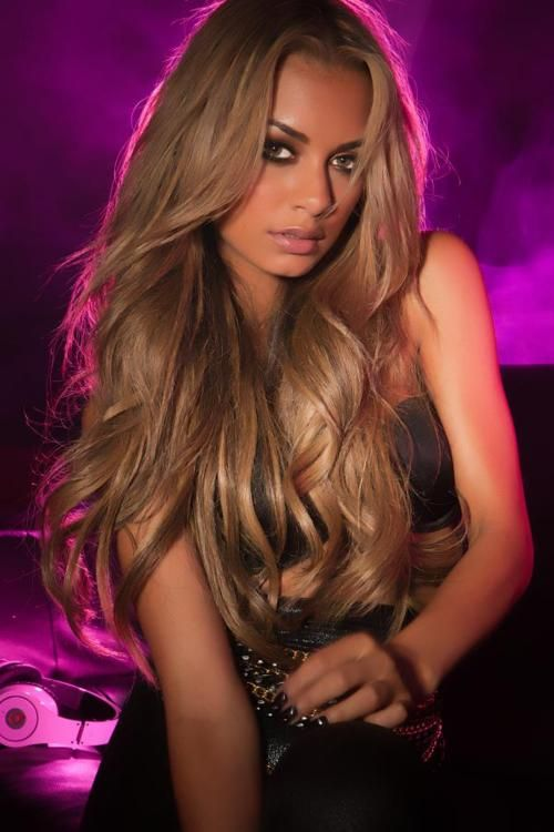Women  Beauty  Beautiful  Long  Hair  Girls  Fashion  Ciao  Bella  Venus   Style  Hot  Best  Models  Extensions  Sexy  Hairextensionsonline  Fashion   Posted ... 8b6c6de665