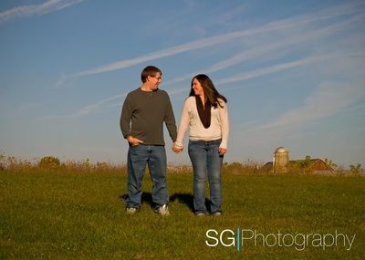 Couples and Engagments - SG Photography- Wisconsin Portrait and Wedding Photographer, engagement photography, fall engagement pictures