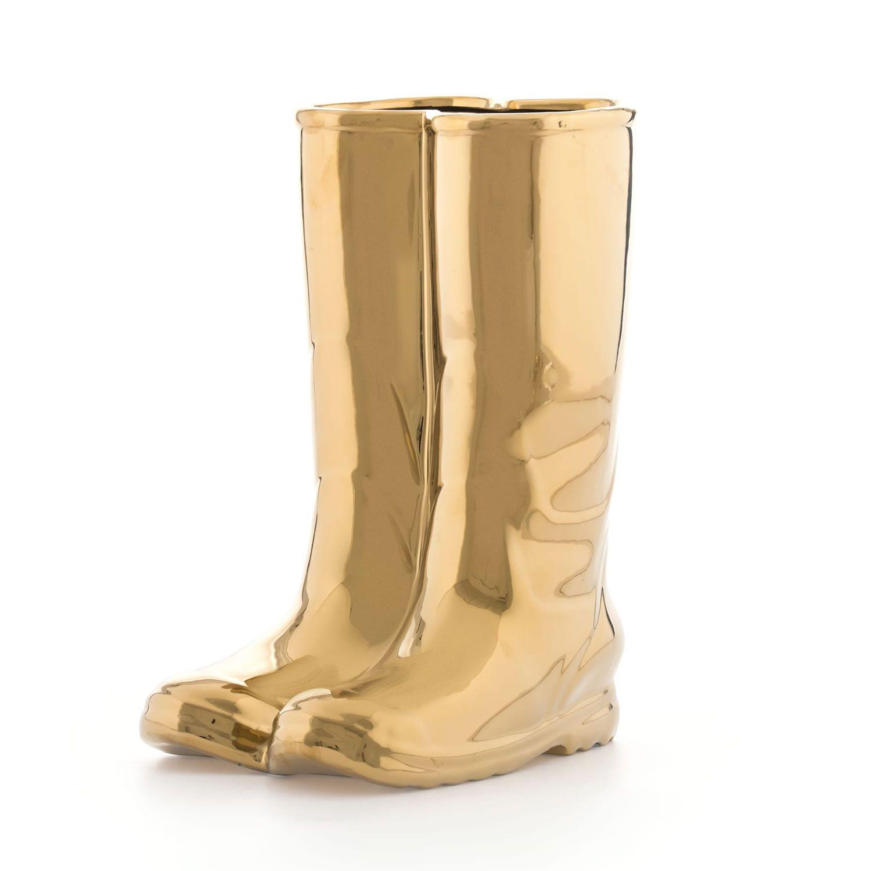 Portaombrelli A Forma Di Stivale.Acquista Online Il Portaombrelli In Porcellana Rainboots Gold Di Seletti A Forma Di Stivali Di Gomma Rainboots Trasforma Un Oggetto Di Utilita Domestico In Un