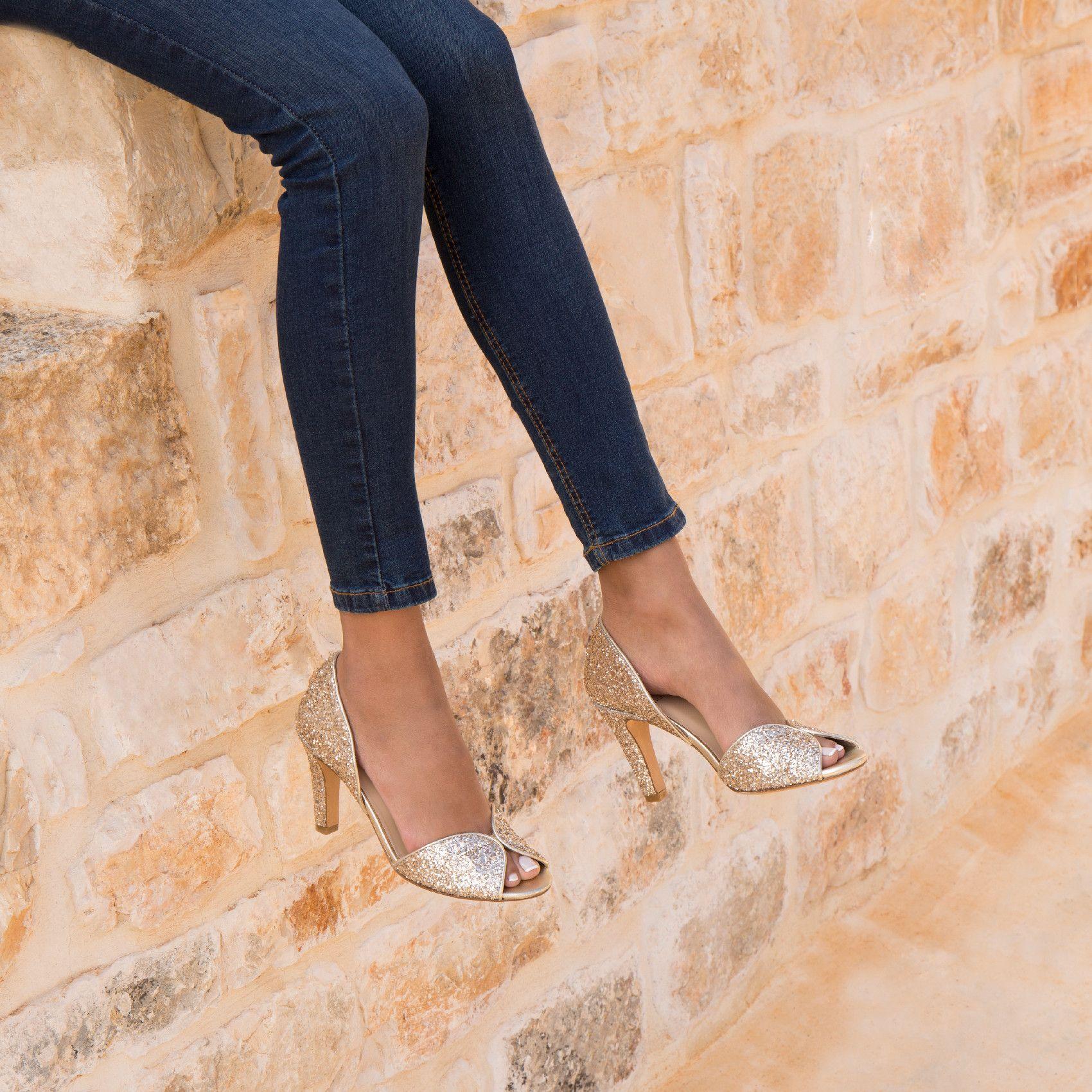 110b262cbf6b6c La Samba in 2019 | shoes!! | Chaussures mariée, Escarpins, Escarpin ...