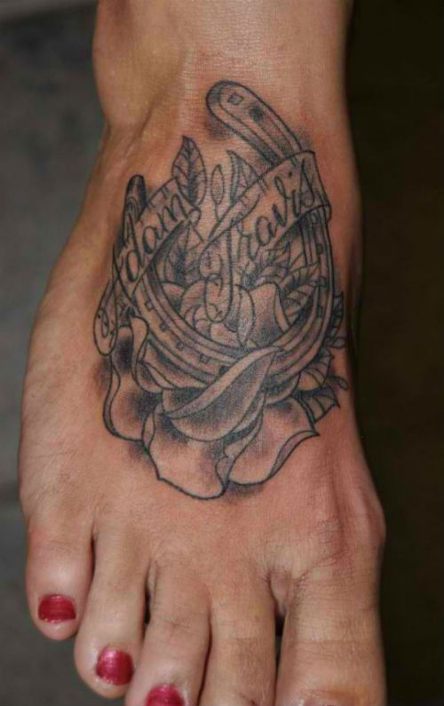 Horseshoe Tattoos For Men 3d horseshoe tattoos picture for men