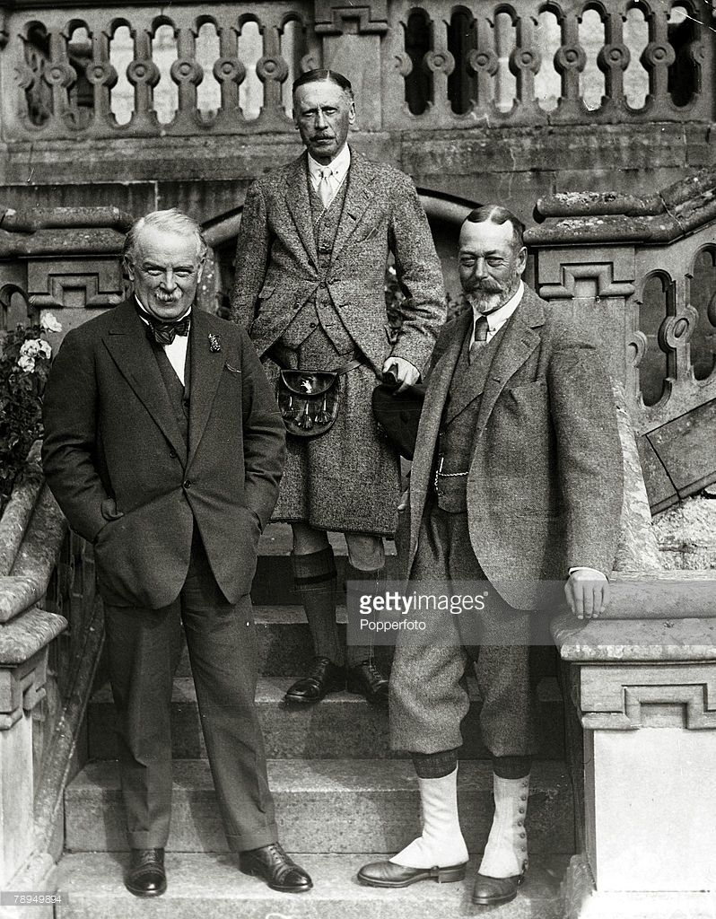 British Royalty Pic 1925 Hmng George V Right With The