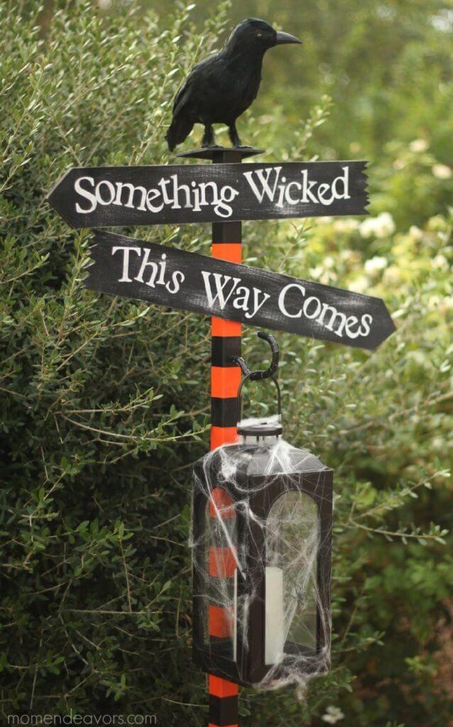 35 of the Best DIY Halloween Decorations-Fabulous & Frugal Decor Hacks