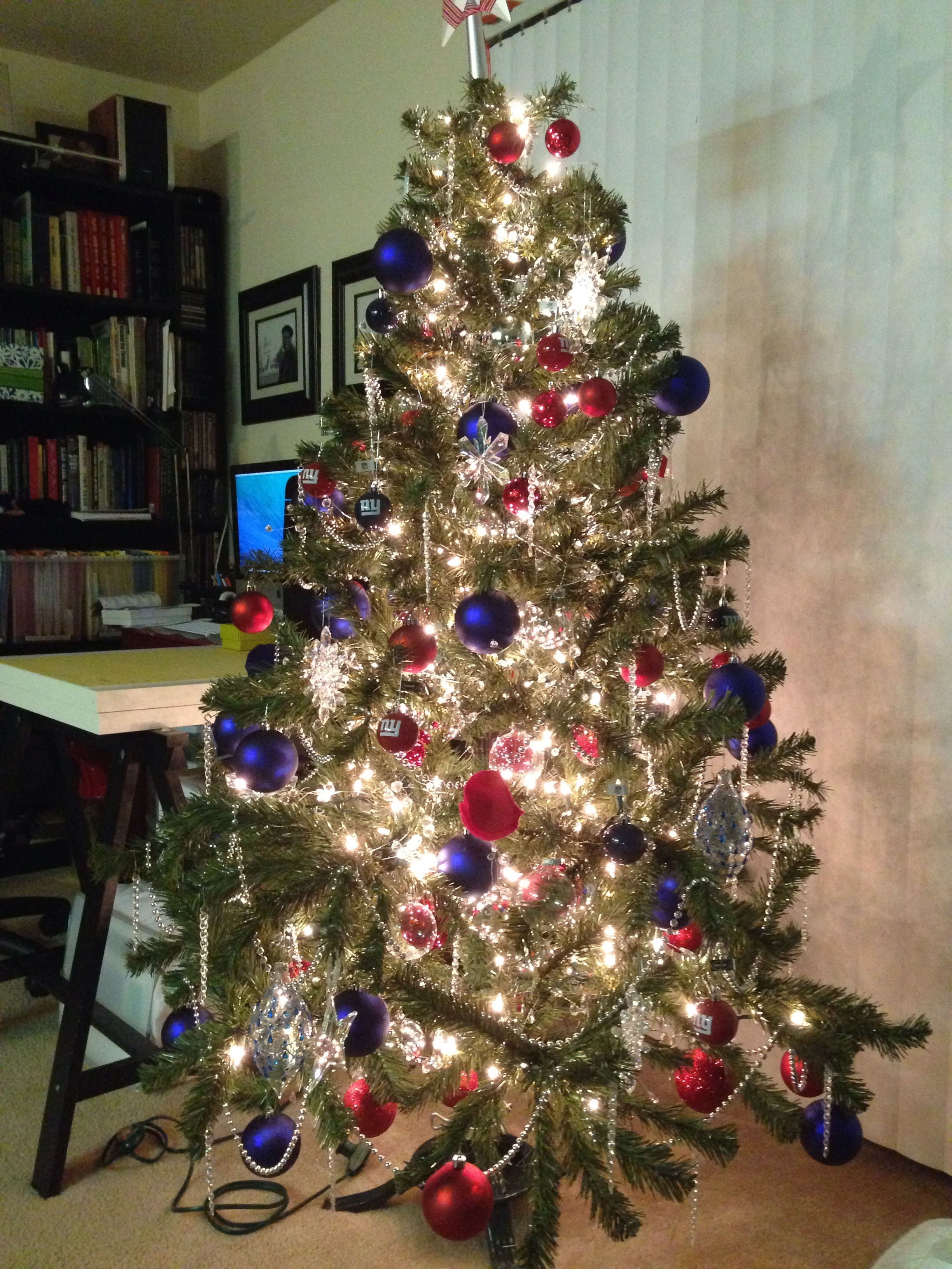 NY Giants Christmas tree | Christmas | Pinterest | Christmas, Giants ...