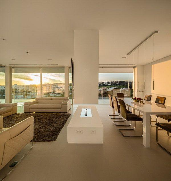 Encouraging Outdoor Living: Villa Escarpa In Portugal | Decorazilla Design Blog