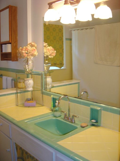 1950 Bathroom Tile | 1950s yellow and green bath tile redo ...