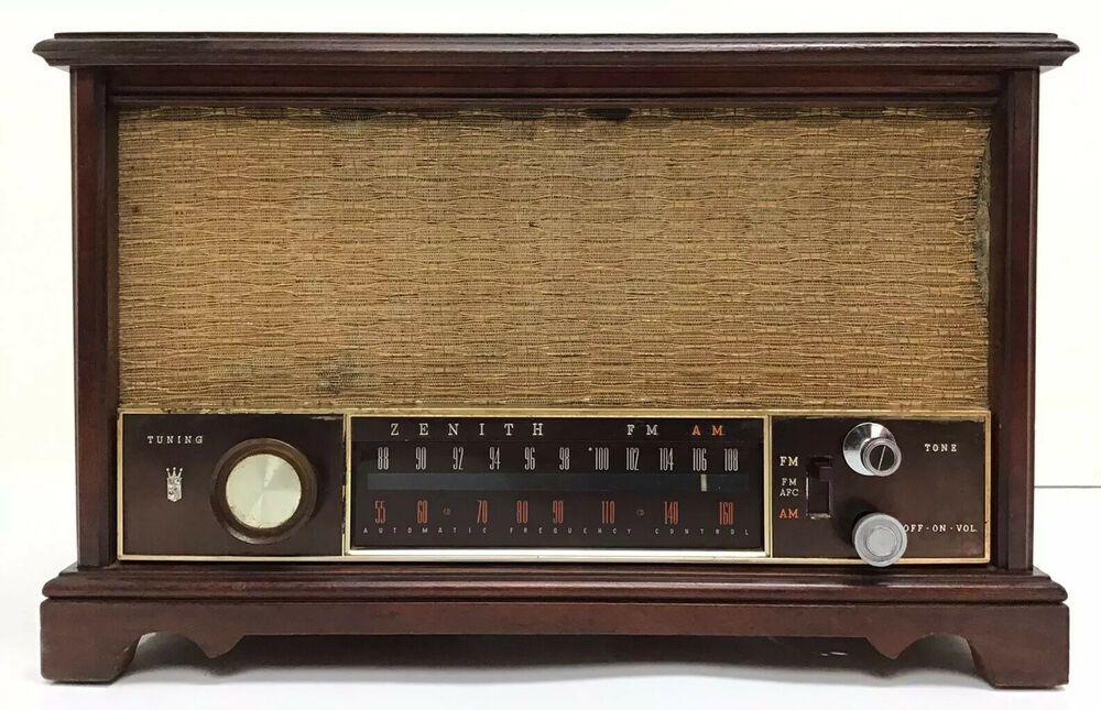 Vintage 1951 Zenith K731 Long Distance Am Fm Table Radio Zenith Radio Long Distance Vintage Radio