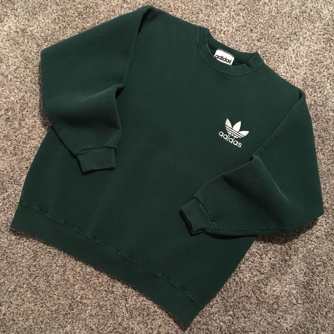 Excited To Share The Latest Addition To My Etsy Shop Vintage 90s Adidas Spellout Embroidered Vintage Hipster Outfits Hipster Outfits Embroidered Sweatshirts [ 3000 x 3000 Pixel ]