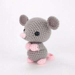 Crochet Pattern of the Santa Mouse + outfit