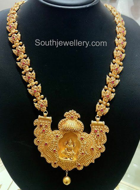 Traditional temple jewellery with lakshmi pendant gold pinterest traditional temple jewellery with lakshmi pendant mozeypictures Choice Image